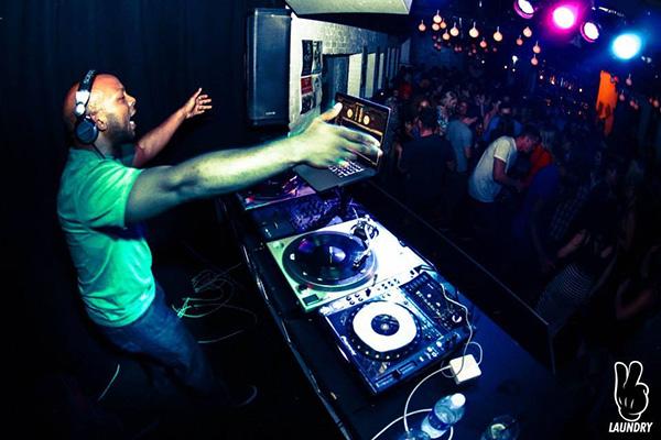 DJ Autograph