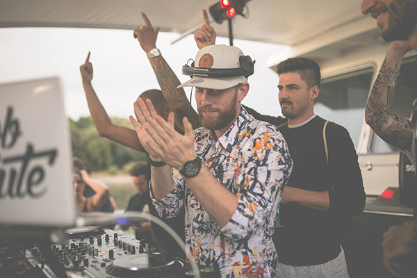 DJ Ebbsolute