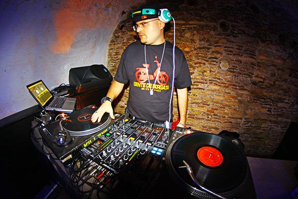 DJ Fester Tarantino
