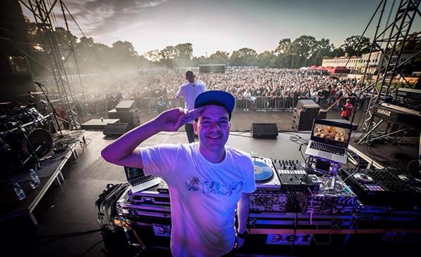 DJ Taek