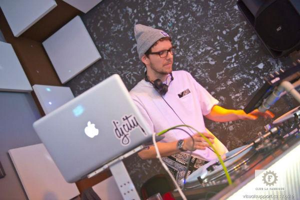DJ AUSTRALAN