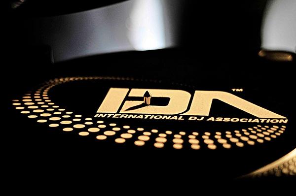 IDA World