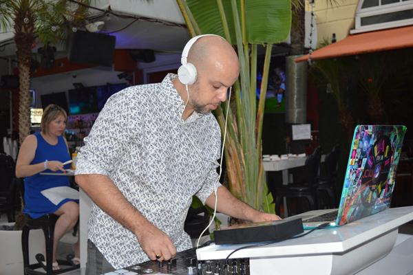 DJ Ruby Rube
