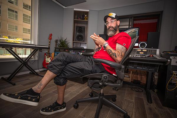 DJ White Shadow