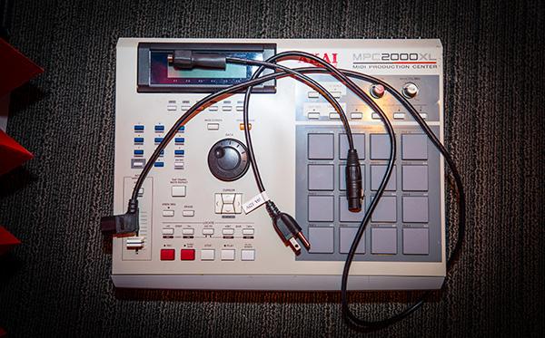 Akai MPC2000XL drum machine